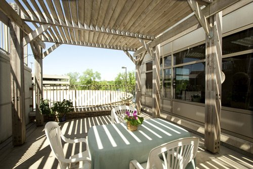 Patio - Patients and family members are encouraged to enjoy the large shaded patio, complete with wood pergola.