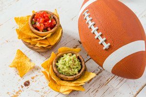 Tips for healthy Super Bowl eating